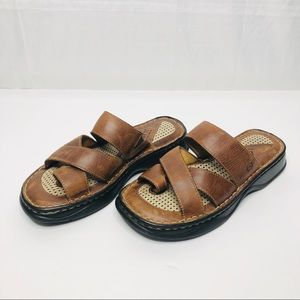 Born Toe Ring Sandals